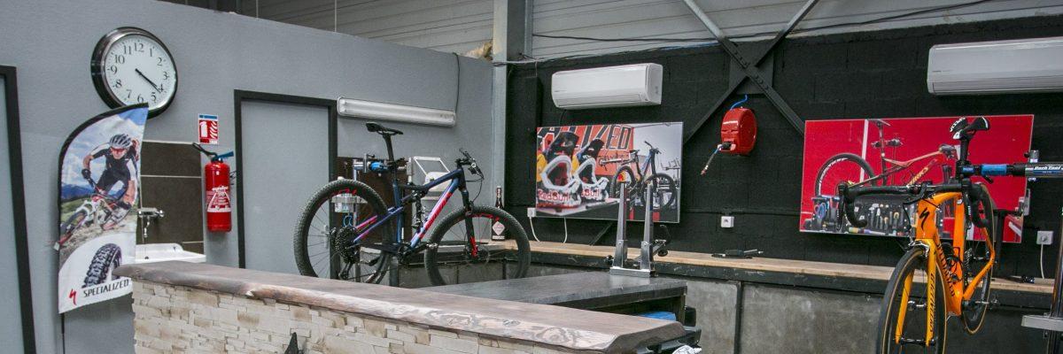 Atelier de réparation de vélo à Sète